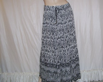 Hippie Maxi Skirt Made in India Batik Thin Sheer Cotton Vintage Vtg Skirt Broomstick Gypsy Dress Skirt Black White Birds Adult Plus 2XL XXL