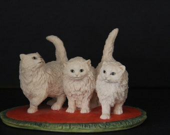 "Vintage Border Fine Arts-Judy Boyt-Three White Persian Kittens ""Catkins"""
