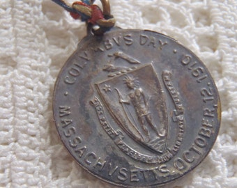 Médaille Vintage Columbus Day 1912 Massachusetts