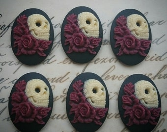 DAY of the DEAD Sugar Skull with Roses Cameo Cabs Cabochon Day of the Dead Dia de los Muertos Skull Black Ivory 25x18mm 6 PIECES