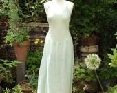 Vintage nightgown, fit bu...