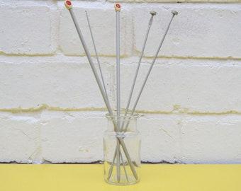 Vintage Knitting Needles, Set of 4 Metal Knitting Needles, Robin Knitting Needles, Size 6 Needles, No 11 Needles, Vintage Metal Crochet Hook