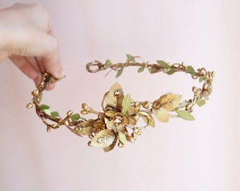 olive green and gold flower crown, leaves hair piece, hair vine, bridal headpiece, gold and green wedding headpiece, green leaves headband