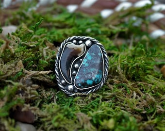 Turquoise and coyote claw ring