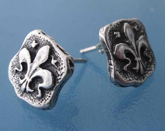 Fleur D  Lis shield post style earrings