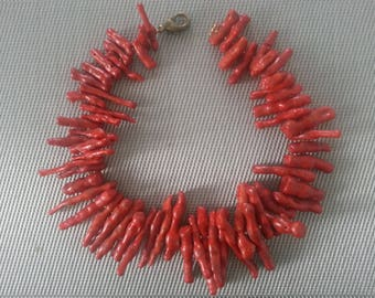 Vintage Italian Coral Necklace from Florence