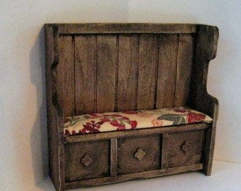 Dollhouse Settle, Tudor settle, Medieval bench, Jacobean print mini bench, Dollhouse bench, twelfth scale, dollhouse miniature