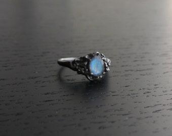 Sea Nymph Ring  - Labradorite