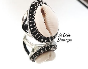 Gypsy cowrie shell ring