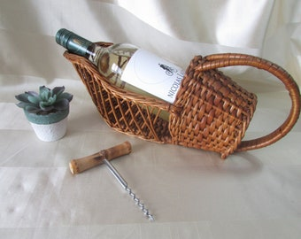 Wicker Wine Basket, VINTAGE Bottle Pourer, Mid Century 1970's Bottle Holder, vintage Wicker Basket