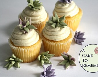 "12 small pointy edible succulents for cakes, 1"" wide. Cactus wedding DIY rustic flowers for cake and cupcake decorating"