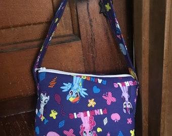 Kids purse or make up bag pattern