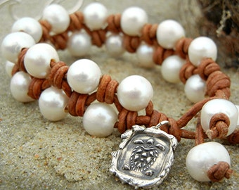 Beach Jewelry, Beach Bracelet, Pearl Bracelet, Beachy Pearl and Leather Knotted Bracelet for the Beach, Sterling Silver Beach Bracelet