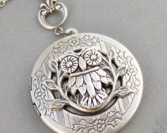Noctua,Owl,Locket,Silver Locket,Silver Necklace,Owl,Silver,Woodland,Antique Locket. Handmade jewelry by valleygirldesigns.