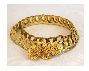Gold metal belt wire belt coiled loops adjustable gold metal belt 1980s