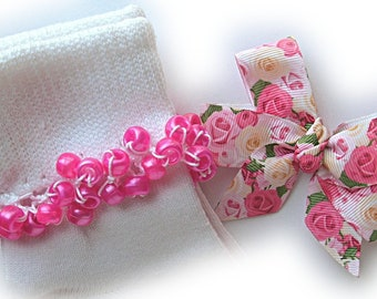 Kathy's Beaded Socks - Pink Roses Socks and Hairbow, girls socks, pony bead socks, hot pink socks, school socks, rose socks