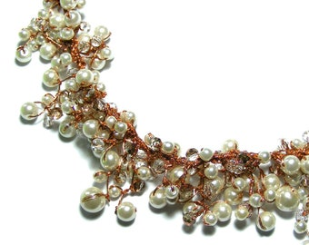 Light Ivory Pearl Dangle Necklace, Bridal Pearl Necklace