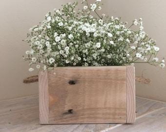 Wedding centre piece - Rustic Box - planter - box - flower box - pallet wood box - wedding table - rustic wedding