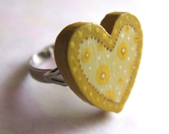 sweetheart ring in gold - handpainted adjustable ring