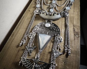 Silver chains pentagram Spiky Cleopatra bib necklace