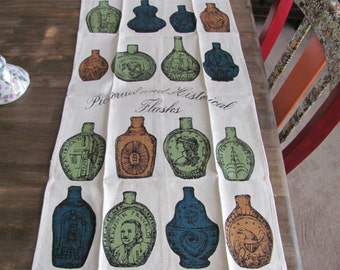 Vintage LUTHER TRAVIS Pictoral and Historical Flasks Kitchen/ Bar Towel.