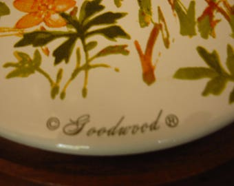 Vintage 1960's Goodwood Mid-Century Hostess Cheese Tray/ Wildflowers Design/ Made in Taiwan/ 11.5 inches x 11.5 inches/ Retro Kitchen Design