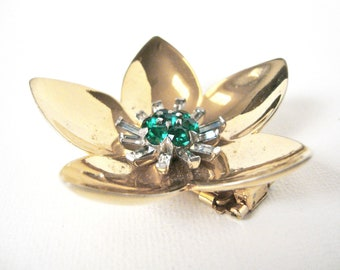 Vintage Mazer Coat / Fur Brooch Of Gilt Flower With Emerald And Crystal Stone