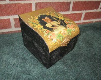Antique Edwardian Celluloid Collar Box with Beautiful Woman Design