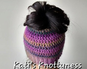 Topless Messy Bun Hat Pattern. ****This is a pattern NOT a finished product.****