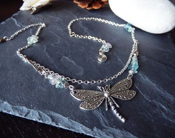 Fluorite chips and Dragonfly - maid Diaphane pendant necklace