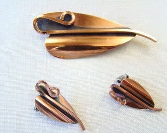 Vintage RENOIR The Lily Modernist Copper Pin and Earring Set