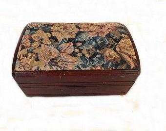 Vintage Jewelry Box, Jewelry Storage, Wooden Jewelry Box, Victorian Style, Jewelry Chest, Jewelry Accessories