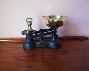 Vintage iron market scale Salter Staffordshire with brass pan, kitchen scale, grocery scale.