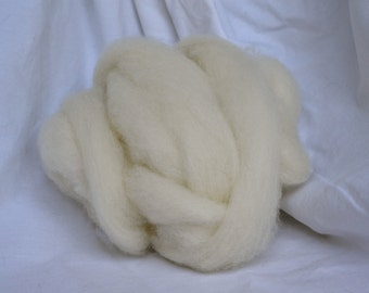 "White Undyed Shetland/Cheviot Cross Roving / 4oz ball from ""Tiana"""