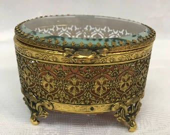 Vintage Footed Filigree Gold Plated Metal Oval Jewelry Casket/Trinket Box with Beveled Glass Lid