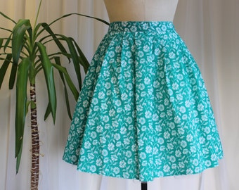 1950s Inspired Green Floral Print Full Circle Skirt, Pin up Rockabilly Skirt, Handmade Polycotton Summer Skirt. 28 inch waist