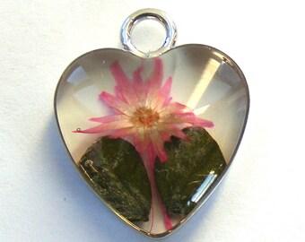 Flower Heart Resin Pendant