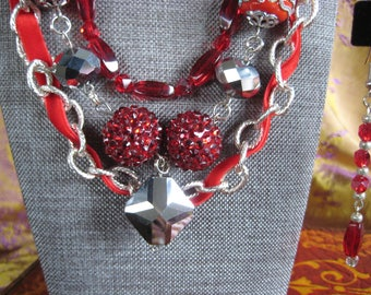 Red Velvet Silver Chain Necklace and earring set