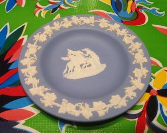 Vintage Wedgwood pale blue jasper dish