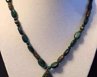 Malachite & brass bead necklace