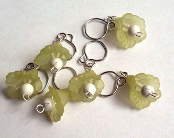 Green Floral dangle removeable stitch markers