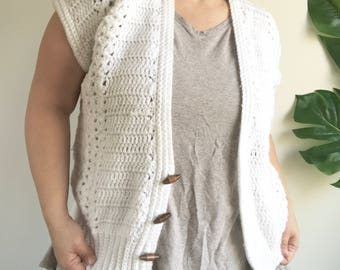 Vintage White Crochet Sweater Vest with Wooden Toggles Size Large