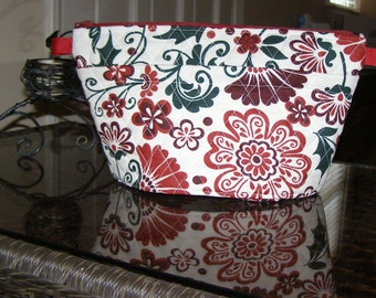 Large Quilted Cosmetic Bag with pockets and zipper. Makeup Bag. Toiletry Bag. Makeup Case. Make Up Bag.