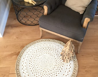 Round Crochet Doily Floor Rug - Pearl White & Gold