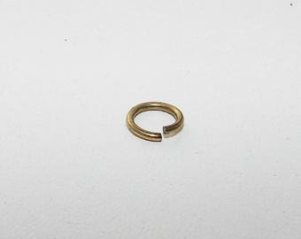 Antique bronze plated ring. LR1070