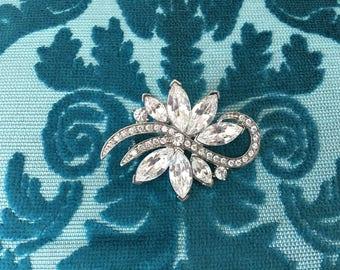 Rhinestone Flower Brooch.Art Deco Brooch.Crystal Flower Brooch.Crystal Pin.Rhinestone Broach.Art Nouveau Style.wedding brooch.bridal brooch