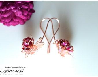 """Handmade Earrings - """"Chrysanthemum"""", Copper wire, Crystal resin Earrings, Red Earrings"""
