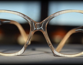 1960s Vintage Womens eyeglass frame ~ SIRTORI hand made lucite eyewear ~ Lucite Accessories Made in Italy