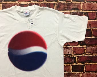 Deadstock Vintage T Shirt Pepsi Shirt Promotional Promo Coke Coca Cola Pepsi Cola T-Shirt Mens SIze L/XL NWT New with Tags in White