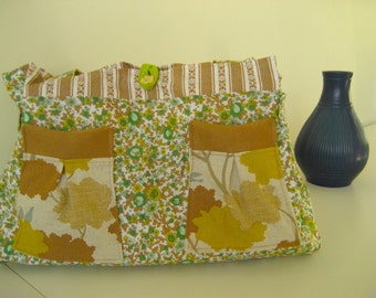 SALE Little green floral print with yellow and blue lining and blue bird brown pockets holdall handbag